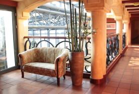 elementy architektoniczne hotelu