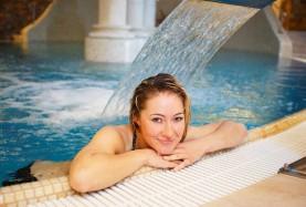 Relaks w basenie Hotel Meduza