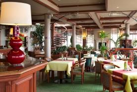 Sala restauracyjna w Mielnie